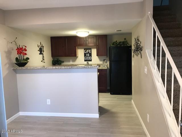3511 E Baseline Road #1107, Phoenix, AZ 85042 (MLS #5712376) :: Santizo Realty Group