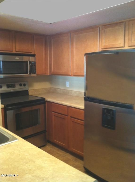 1720 E Thunderbird Road #2030, Phoenix, AZ 85022 (MLS #5717078) :: Brett Tanner Home Selling Team