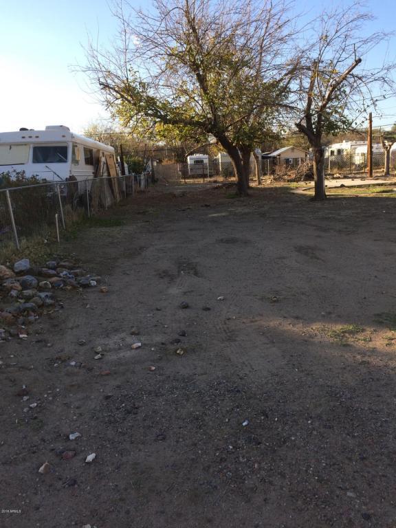 19341 E Spencer Street, Black Canyon City, AZ 85324 (MLS #5727032) :: Brett Tanner Home Selling Team