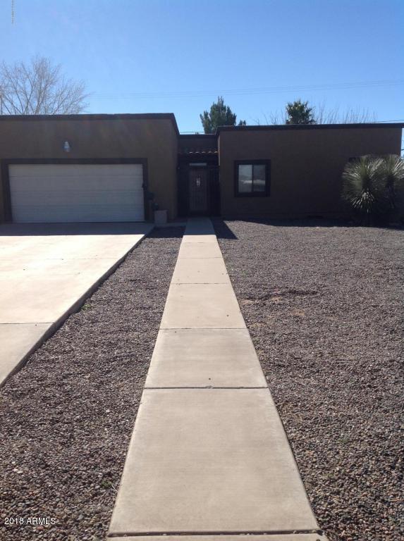 2511 E 11TH Street, Douglas, AZ 85607 (MLS #5732127) :: Occasio Realty