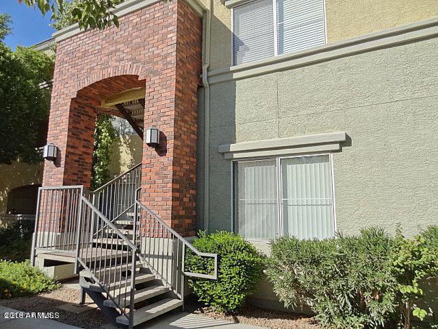 3302 N 7TH Street #202, Phoenix, AZ 85014 (MLS #5732860) :: Brett Tanner Home Selling Team