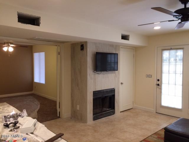 30 E Brown Road #1004, Mesa, AZ 85201 (MLS #5734190) :: Kepple Real Estate Group