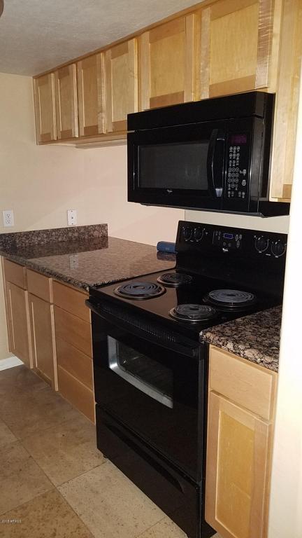 3619 E Monterosa Street #203, Phoenix, AZ 85018 (MLS #5736073) :: Private Client Team