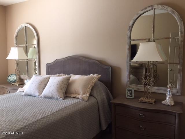5350 E Deer Valley Drive #2265, Phoenix, AZ 85054 (MLS #5736721) :: 10X Homes