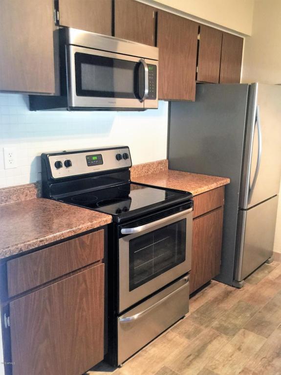 3313 N 68TH Street #231, Scottsdale, AZ 85251 (MLS #5737399) :: Cambridge Properties