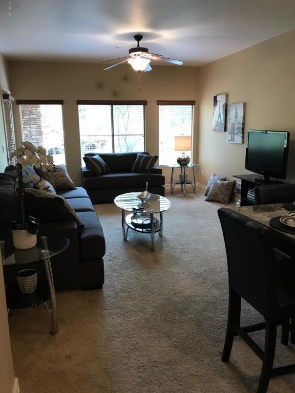 5450 E Deer Valley Drive #2212, Phoenix, AZ 85054 (MLS #5738504) :: 10X Homes