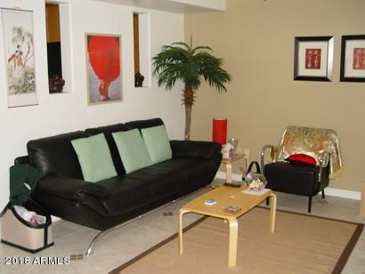 151 E Broadway Road #102, Tempe, AZ 85282 (MLS #5738779) :: Brett Tanner Home Selling Team