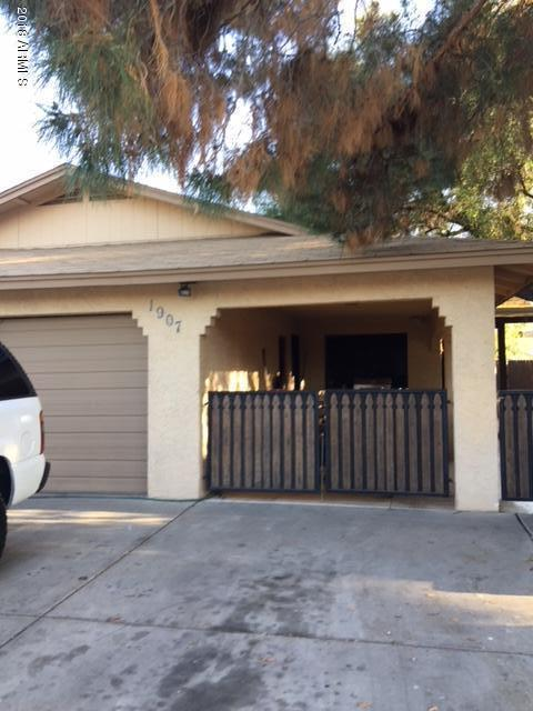 1907 E Intrepid Avenue E, Mesa, AZ 85204 (MLS #5743770) :: My Home Group