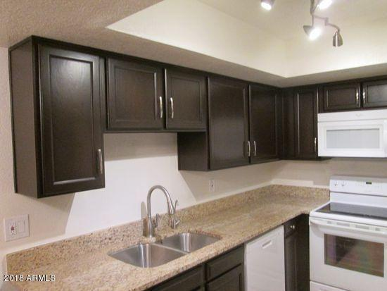 2146 W Isabella Avenue #116, Mesa, AZ 85202 (MLS #5747079) :: Brett Tanner Home Selling Team