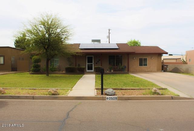 2509 E 11TH Street, Douglas, AZ 85607 (MLS #5749137) :: Occasio Realty