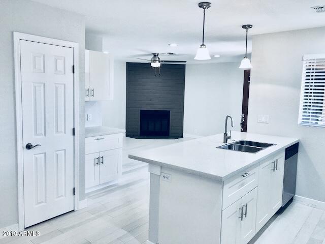 421 W Yukon Drive #8, Phoenix, AZ 85027 (MLS #5754009) :: The Jesse Herfel Real Estate Group