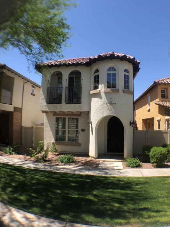3849 S Posse Trail, Gilbert, AZ 85297 (MLS #5754369) :: Sibbach Team - Realty One Group