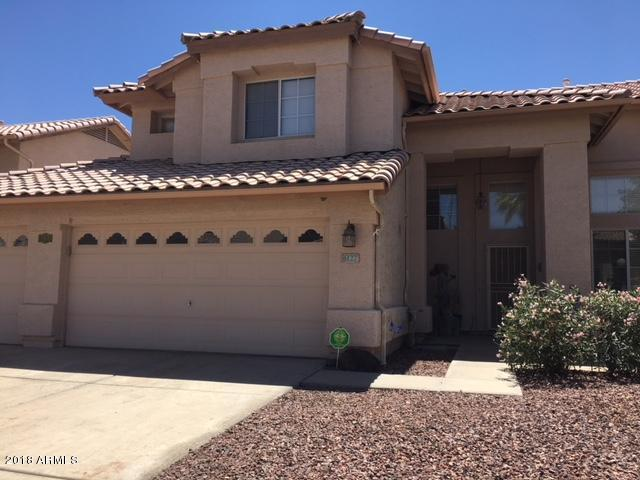 6127 W Saguaro Park Lane, Glendale, AZ 85310 (MLS #5755959) :: Devor Real Estate Associates