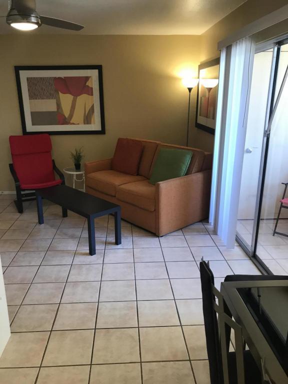12221 W Bell Road #136, Surprise, AZ 85378 (MLS #5763718) :: Kepple Real Estate Group