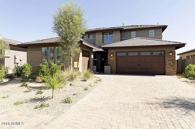 12045 S 185TH Avenue, Goodyear, AZ 85338 (MLS #5768301) :: The Daniel Montez Real Estate Group