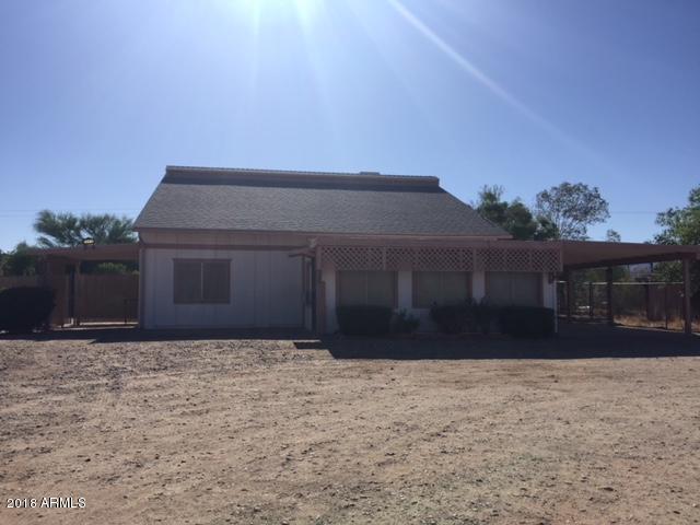 19418 W Clarendon Avenue, Litchfield Park, AZ 85340 (MLS #5770223) :: Five Doors Network