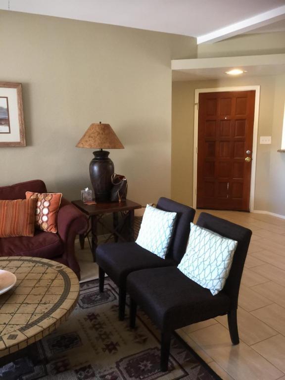 10301 N 70TH Street #134, Paradise Valley, AZ 85253 (MLS #5770948) :: Lux Home Group at  Keller Williams Realty Phoenix