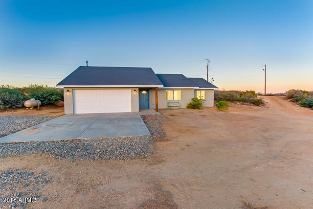 17600 E Sportster Lane, Dewey, AZ 86327 (MLS #5778977) :: My Home Group