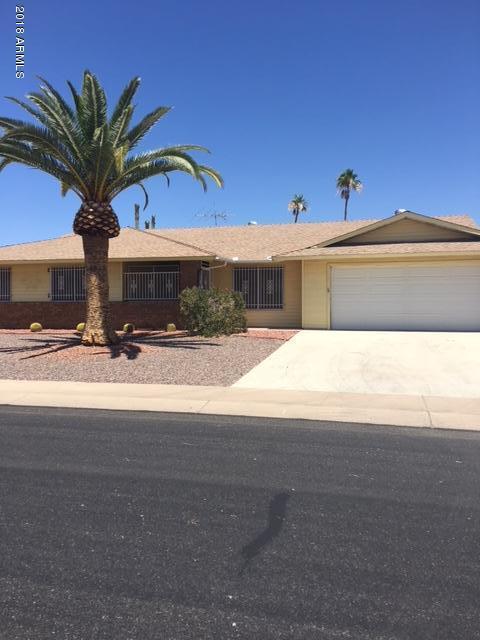 18805 N Welk Drive, Sun City, AZ 85373 (MLS #5779119) :: Kortright Group - West USA Realty