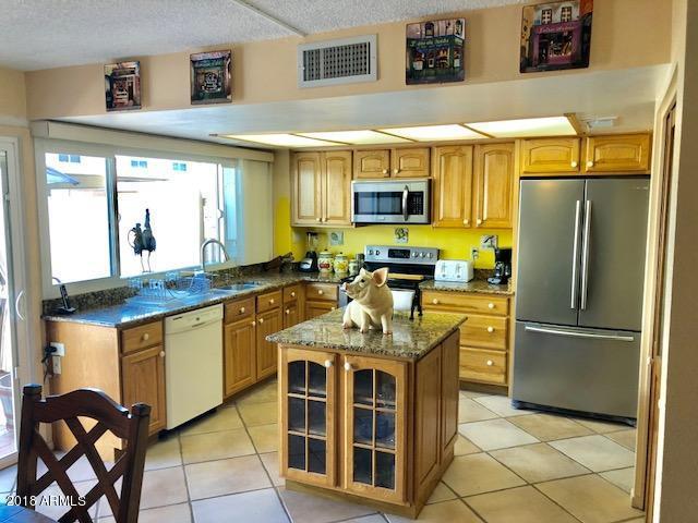 1605 E Dunbar Drive, Tempe, AZ 85282 (MLS #5783109) :: The Daniel Montez Real Estate Group