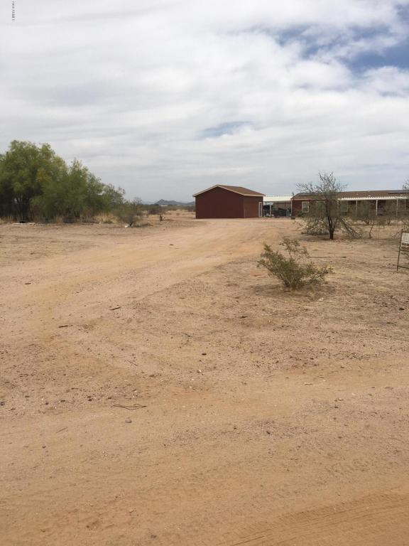 000 N Poplar Street, Wittmann, AZ 85361 (MLS #5784906) :: Brett Tanner Home Selling Team