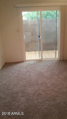 928 S Hacienda Drive D, Tempe, AZ 85281 (MLS #5791095) :: The Daniel Montez Real Estate Group