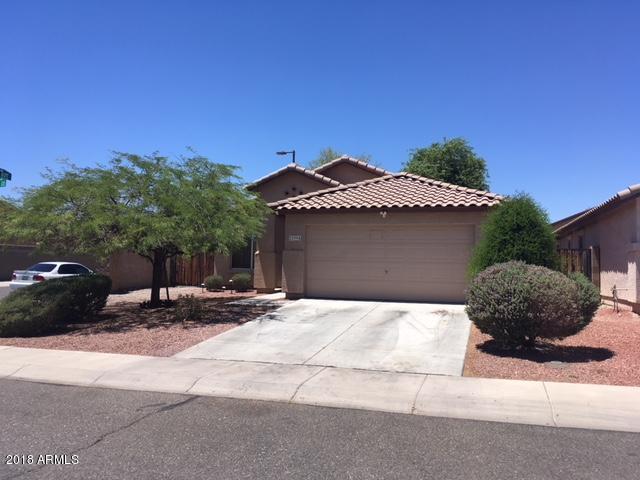 22994 W Solano Drive, Buckeye, AZ 85326 (MLS #5791915) :: Desert Home Premier
