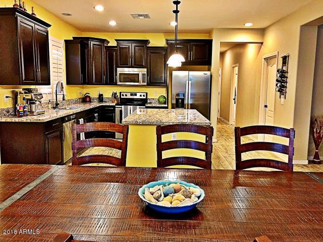 2948 E Shannon Street, Gilbert, AZ 85295 (MLS #5796343) :: Berkshire Hathaway Home Services Arizona Properties