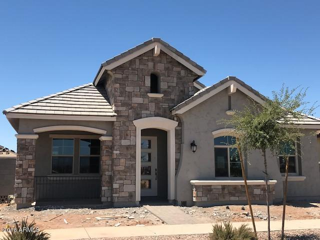 4405 E Leroy Street, Gilbert, AZ 85295 (MLS #5796951) :: CANAM Realty Group
