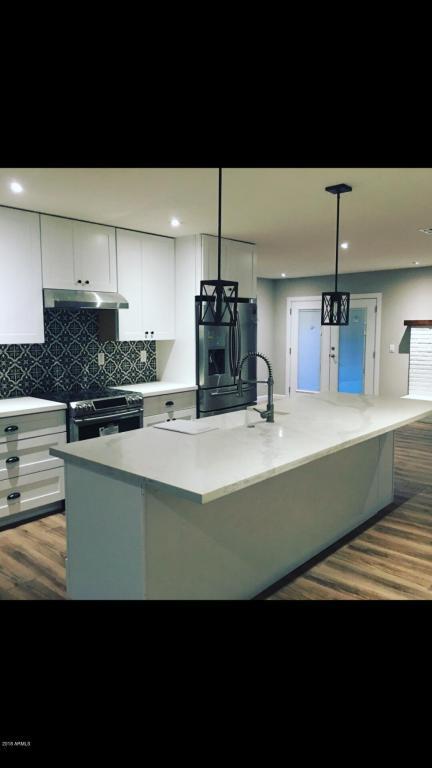 7339 N 11th Place, Phoenix, AZ 85020 (MLS #5808641) :: Gilbert Arizona Realty