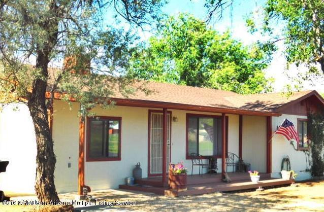 910 W Sheridan Avenue, Williams, AZ 86046 (MLS #5810122) :: The Jesse Herfel Real Estate Group