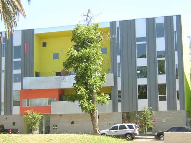 1111 W University Drive #1009, Tempe, AZ 85281 (MLS #5810555) :: Lux Home Group at  Keller Williams Realty Phoenix