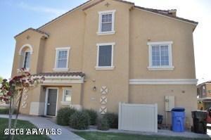 1390 S Sabino Drive, Gilbert, AZ 85296 (MLS #5813835) :: Brett Tanner Home Selling Team