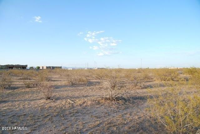 25240 W Peak View Road, Wittmann, AZ 85361 (MLS #5818417) :: The Garcia Group @ My Home Group
