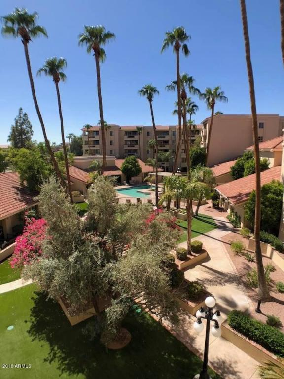 4200 N Miller Road #324, Scottsdale, AZ 85251 (MLS #5819240) :: The Wehner Group