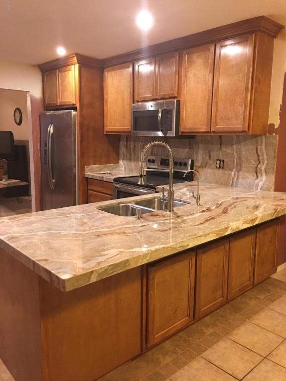 1602 W Libby Street, Phoenix, AZ 85023 (MLS #5819567) :: Lifestyle Partners Team