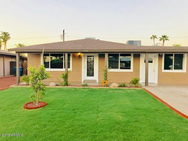3212 E Granada Road, Phoenix, AZ 85008 (MLS #5819848) :: The Garcia Group @ My Home Group
