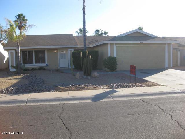 6825 E Beverly Lane E, Scottsdale, AZ 85254 (MLS #5821518) :: Phoenix Property Group