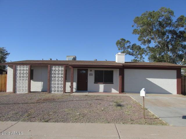 2242 W Charleston Avenue, Phoenix, AZ 85023 (MLS #5822349) :: Yost Realty Group at RE/MAX Casa Grande