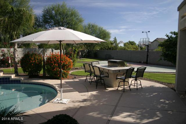 13506 W Evans Drive, Surprise, AZ 85379 (MLS #5824719) :: The Garcia Group @ My Home Group