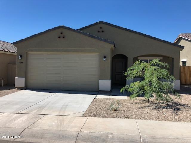 1712 E 16TH Avenue, Apache Junction, AZ 85119 (MLS #5827105) :: Lifestyle Partners Team