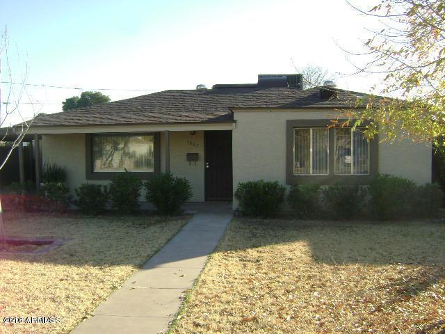 1807 E Indianola Avenue, Phoenix, AZ 85016 (MLS #5828080) :: The Garcia Group @ My Home Group