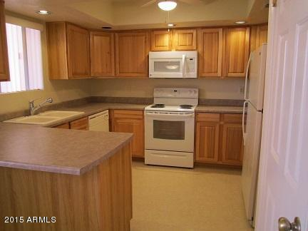 12222 N Paradise Village Parkway #436, Phoenix, AZ 85032 (MLS #5830653) :: The Laughton Team