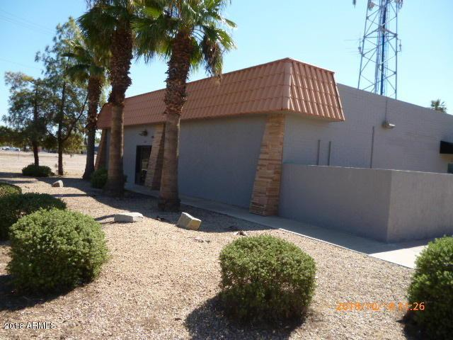 6221 W Glendale Avenue W, Glendale, AZ 85301 (MLS #5832573) :: The Garcia Group @ My Home Group