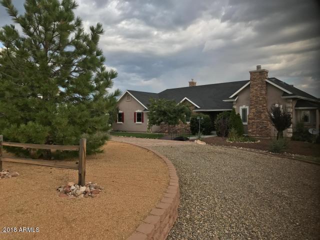 4300 W Friendly Meadow Road, Prescott, AZ 86305 (MLS #5834357) :: Kepple Real Estate Group