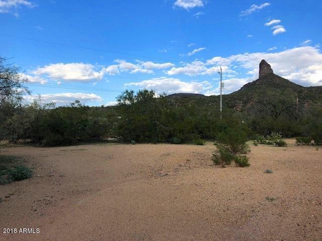 21625 E Tara Springs Road, Black Canyon City, AZ 85324 (MLS #5846102) :: The Garcia Group