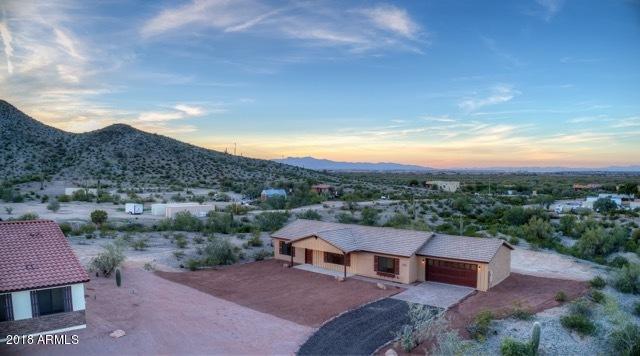 31807 W Buchanan Street, Buckeye, AZ 85326 (MLS #5850477) :: Conway Real Estate