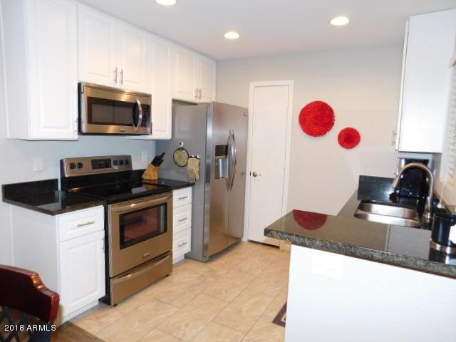 4704 E Paradise Village Parkway N #134, Phoenix, AZ 85032 (MLS #5855682) :: Arizona Best Real Estate