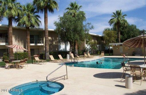6125 E Indian School Road #217, Scottsdale, AZ 85251 (MLS #5857878) :: Abrams International and Homehelper Consultants