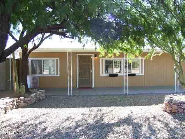 2137 S Tomahawk Road, Apache Junction, AZ 85119 (MLS #5858474) :: Brett Tanner Home Selling Team